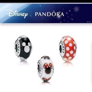 Pandora/disney